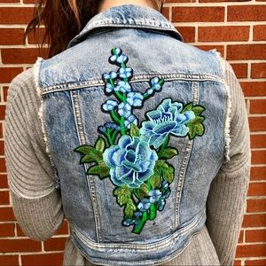 Cropped Denim Floral Patch Vest